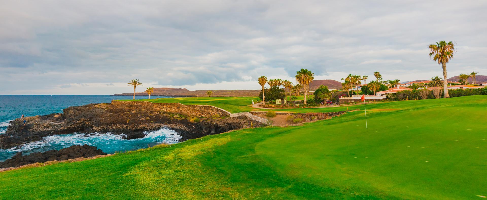 Laissez nous vous guider vers les plus beaux golfs du monde ...