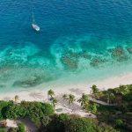 Caraïbes, Les Grenadines d'île en île